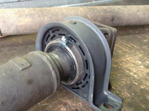 замена опоры карданного вала